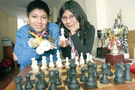 hermanos cori tello. cori brothers jorge deysi gm gran maestro ajedrez chess